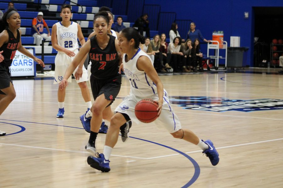Women's basketball fall short on senior night