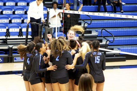 Women's Volleyball snap three game losing streak with back-to-back wins at home
