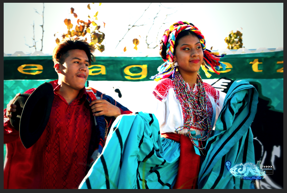 Erick Felipe and Liany Mendez from the dance group, Grupo Folklorico Huaxyacac perform on Oct. 15.