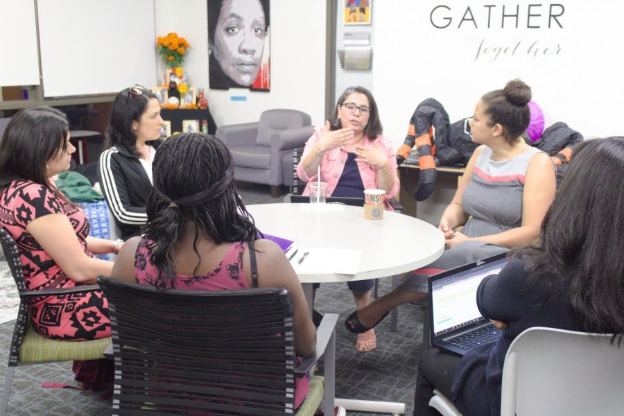 In+the+Gender+Equity+Center+students+talk+about+the+experience+of+being+pregnant+in+college+on+Oct.+25.