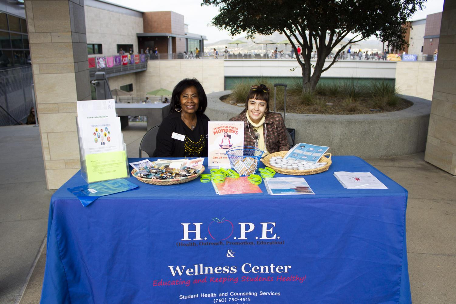 Mental health educator Cheryl Berry, M.Ed. and cougar chronicle news reporter Christina Suarez pose for a photo on Jan 29.