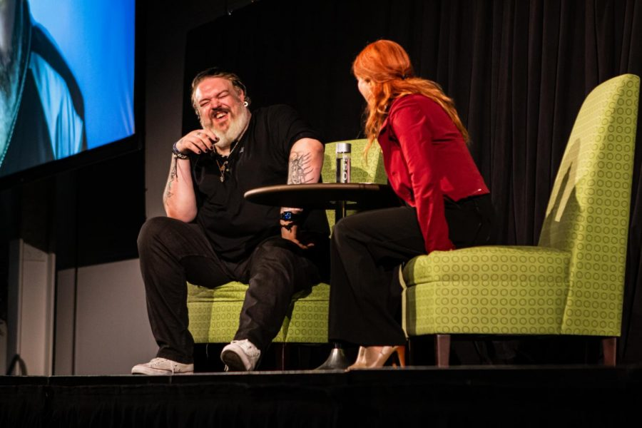 Kristian Nairn answers questions during Q&A.