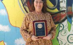 Visual Arts professor wins award for innovation and excellence in teaching