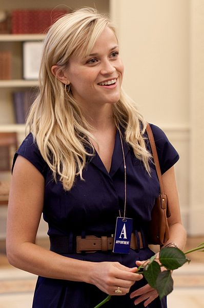 Reese Witherspoon plays the wealthy suburban mother Elena Richardson in Hulu's Little Fires Everywhere.