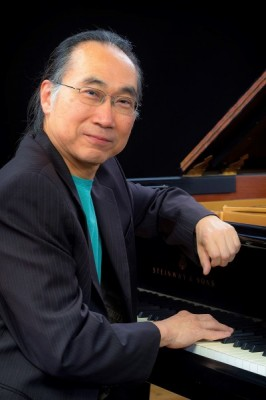 Japanese American jazz pianist Kei Akagi visited CSUSM as part of the Arts & Lectures series.